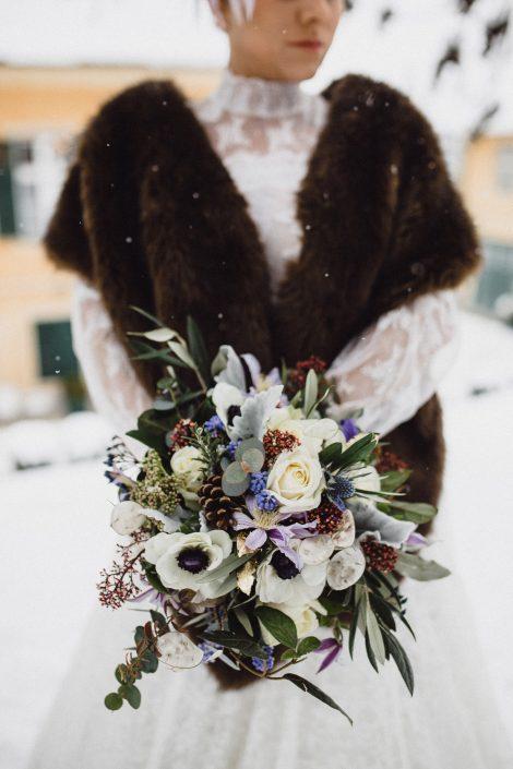 Winter Hochzeit Brautstrauss