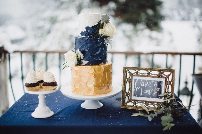 Winterhochzeit Hochzeitstorte von den Mehlspeisenfräulein